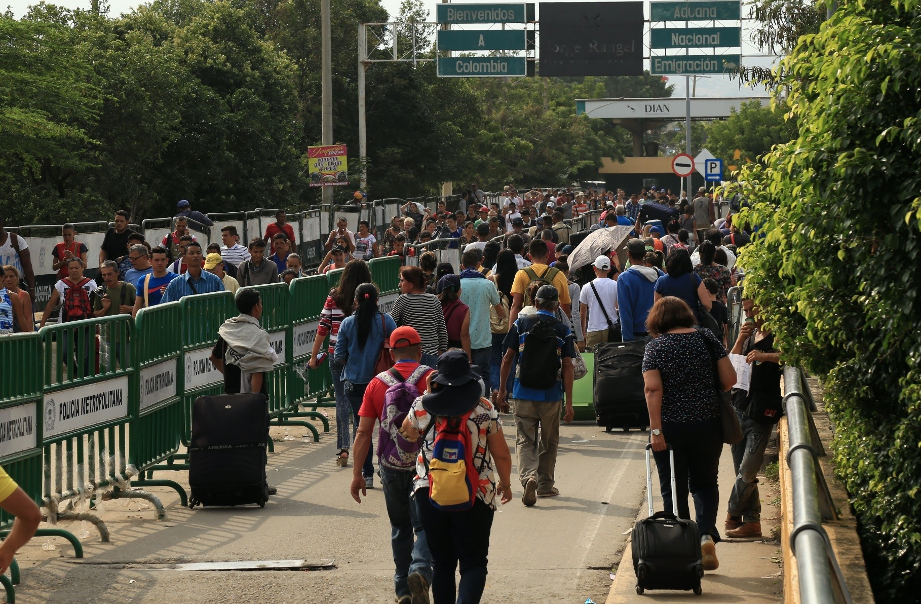 Venezuelan refugees cross Simon Bolivar bridge connecting Colombia and Venezuela. Colombia has seen a surge in number of refugees in the second half of 2017.