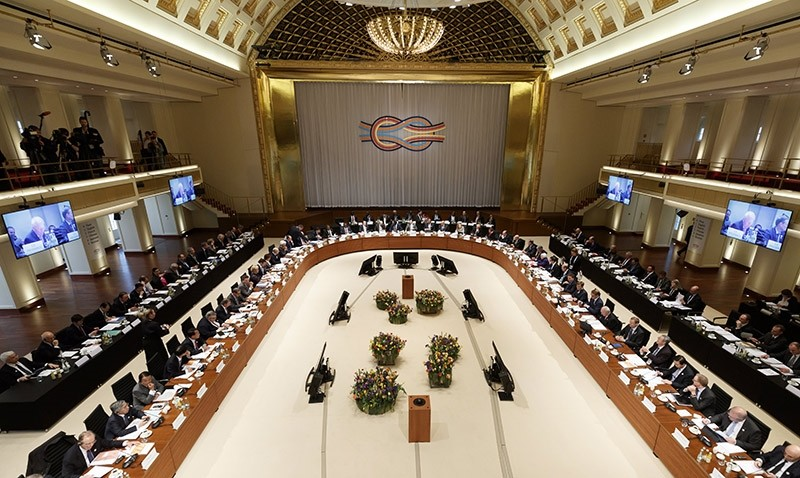 Members of G20 sitting in the Convention Center during the G20 Finance Ministers and Central Bank Governors Meeting at the Kurhaus in Baden Baden, Germany, 17 March 2017. (EPA Photo)