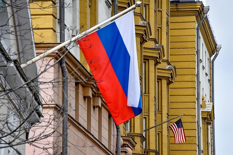 US national flag  waves on the building of the embassy of the United States of America (R) in Moscow on April 2, 2018. (AFP Photo)