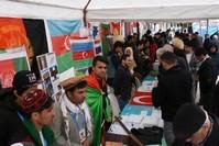 الطلاب يشرحون للزوار عن بلدانهم، 17 مارس 2019