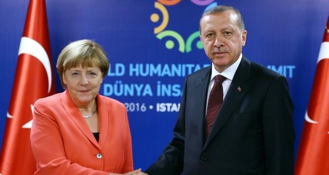 """ميركل تؤكد أهمية العلاقات """"الشاملة"""" بين الاتحاد الأوروبي وتركيا"""