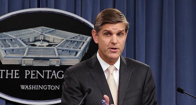 المتحدث باسم وزارة الدفاع الأمريكية بيتر كوك