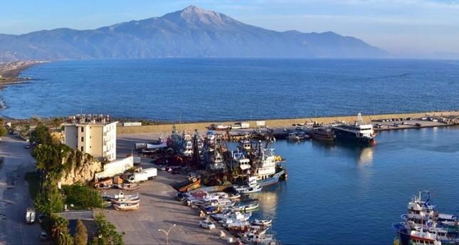 Samandağ coast: The Red Sea of the Eastern Mediterranean