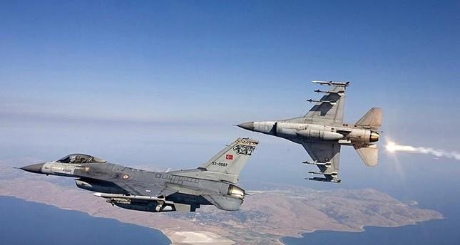 مقاتلات تركية تدمر أهدافا لـبي كا كا شمالي العراق
