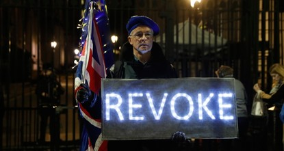 900K sign UK government petition calling to stay in EU