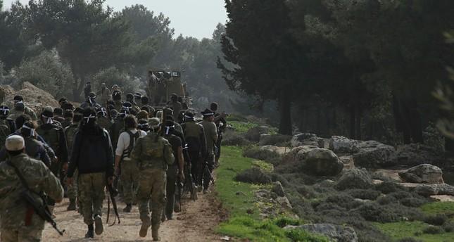 قوات غصن الزيتون تسيطر على مركز بلدة جنديرس - الأناضول