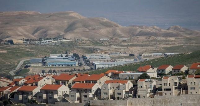 محكمة إسرائيلية تصدر قرارا يتيح شرعنة مستوطنات على أراض فلسطينية خاصة