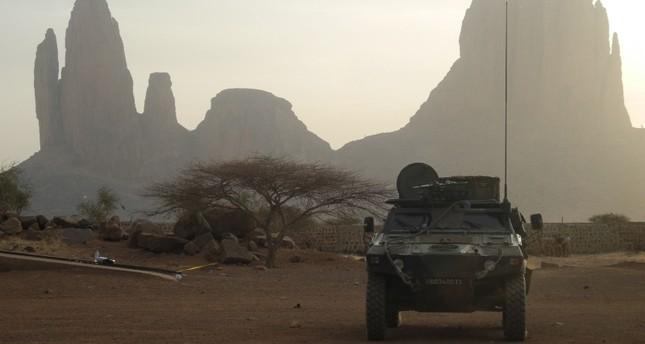 فرنسا تعلن مقتل اثنين من جنودها في مالي