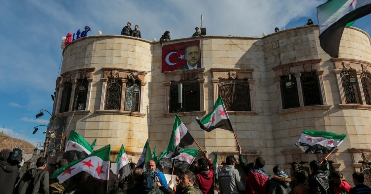 Syrians in northwestern Azaz province organized a demonstration to show their support for Turkey, Feb. 22, 2019.