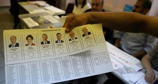 56 مليون تركي يبدؤون الاقتراع في الانتخابات البرلمانية والرئاسية بالبلاد