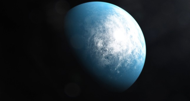 This handout image released on January 6, 2020 courtesy of NASA's Goddard Space Flight Center shows an artists' illustration of the planet TOI 700 d, the first Earth-size habitable-zone planet discovered by NASA's TESS AFP Photo