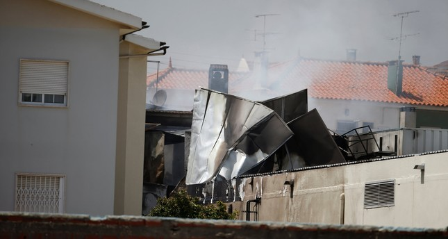 5 dead as small plane crashes into supermarket in Portugal