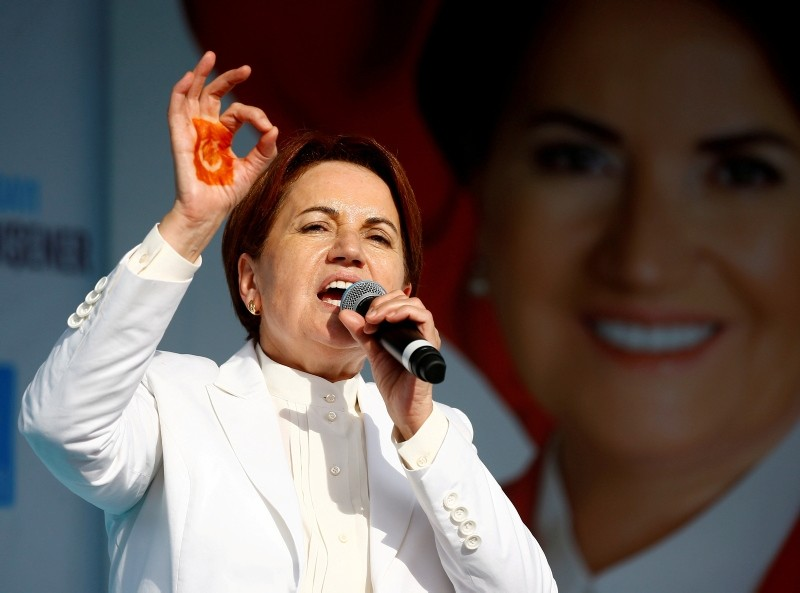 IYI (Good) Party leader Meral Aku015fener addresses her supporters during an election rally in Izmit, Turkey, June 19, 2018. (Reuters Photo)