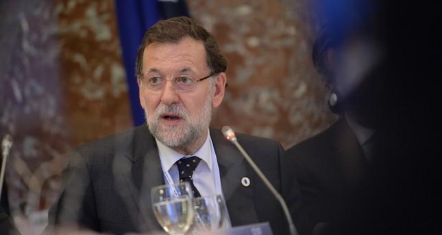 رئيس الوزراء الإسباني يعترف بالهزيمة قبل تصويت البرلمان لحجب الثقة عن حكومته
