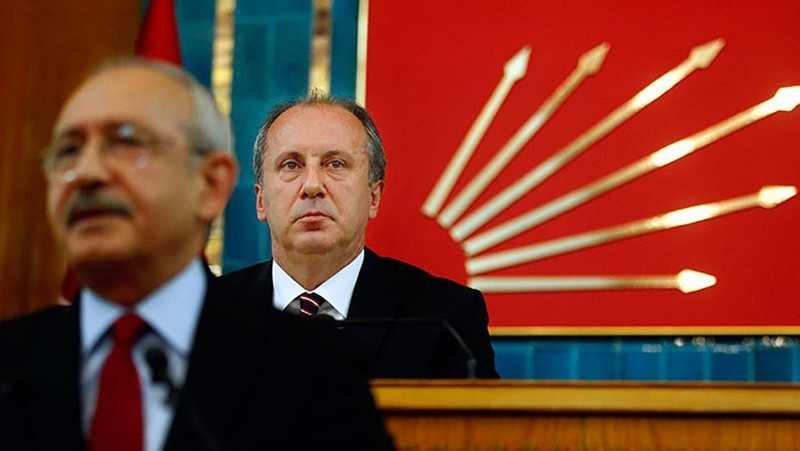 File Photo of CHP chairman Kemal Ku0131lu0131u00e7darou011flu (L- front) and the party's presidential candidate Muharrem Ince (R-back) during a party meeting.