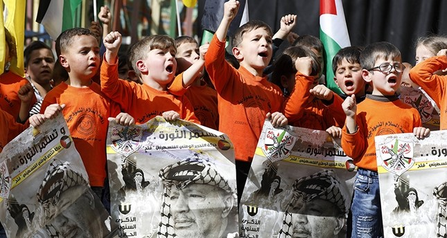Palestine says it will end US talks if PLO office closes