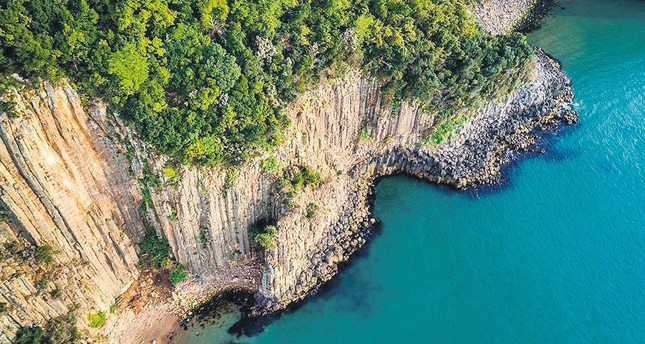 80M-year-old basalt columns in Turkey's Bartın fascinate visitors