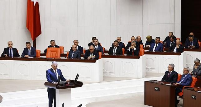 Prime Minister Binali Yıldırım (center) at the Grand National Assembly of Turkey (AA Photo)