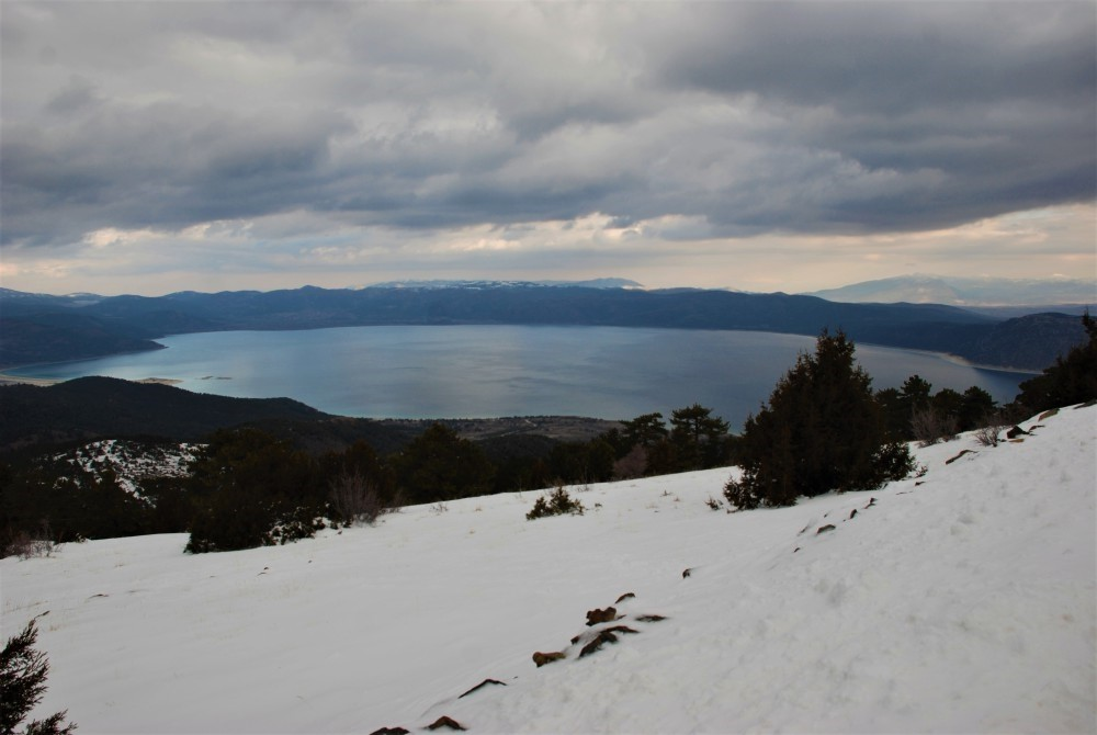 The new ski center in Burdur overlooks Lake Salda, which is located in an area known as u201cTurkeyu2019s Maldives.u201d