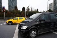 pПродолжающийся кризис между такси и Uber в Турции пошёл на пользу последнего, согласно последним данным по загрузке приложения в стране./p  pКоличество пользователей, скачавших приложение в...