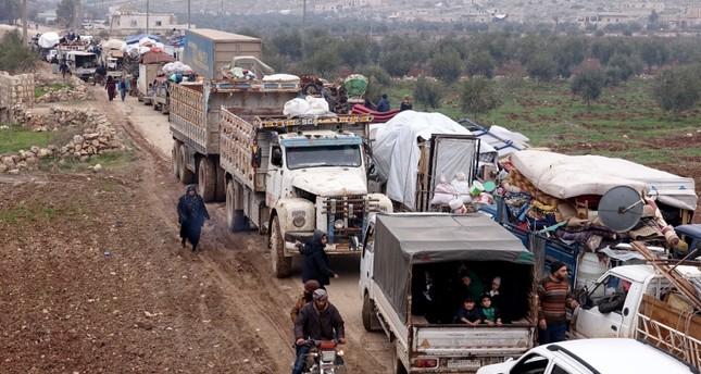 نزوح 27 ألف مدني من حلب باتجاه الحدود التركية خلال ثلاثة أيام