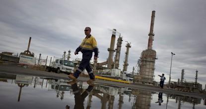برنت يصعد 4.5 بالمائة بعد انسحاب قطر من أوبك واتفاق الصين وأمريكا