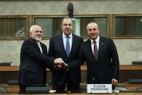Главы МИД РФ, Ирана и Турции могут провести встречу на полях саммита в Сочи — Захарова