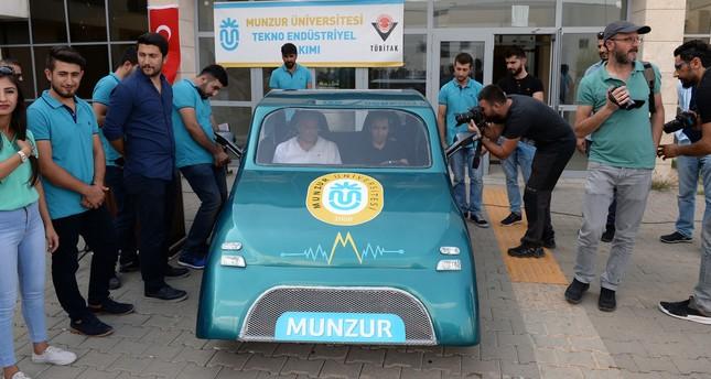 طلاب أتراك يطورون سيارة تقطع 130 كيلومتراً بأقل من نصف دولار