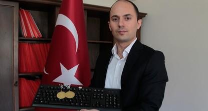 تركيا تفوز ببطولة العالم في مسابقة الكتابة باستخدام لوحة المفاتيح