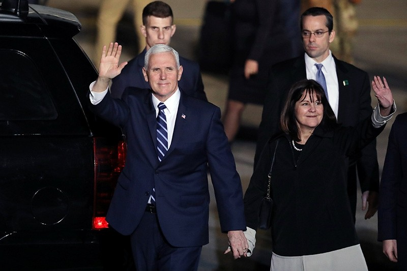 U.S. Vice President Mike Pence and his wife Karen wave upon their arrival at Ben Gurion international Airport in Lod, near Tel Aviv, Israel Jan. 21, 2018. (Reuters Photo)