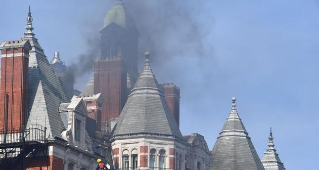 حريق كبير في فندق وسط لندن
