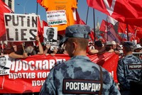 Thousands across Russia rally against raising pension age