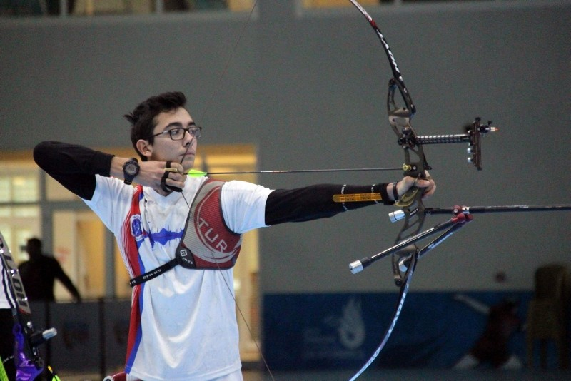 19-year-old Turkish archer Mete Gazoz competing in the European Grand Prix 2018 in Sofia. (IHA Photo)