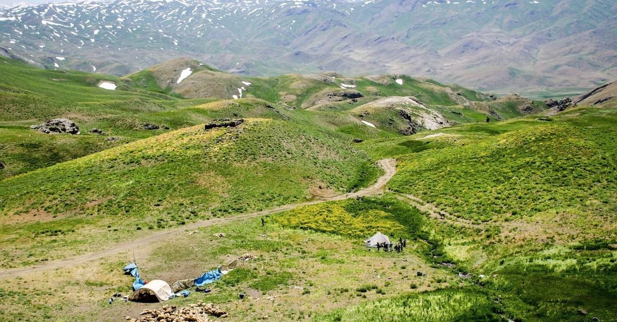 Farau015fin hosts sheep breeders throughout the summer.