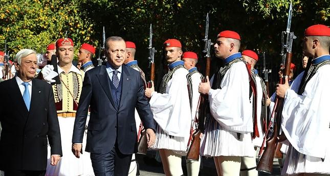 أردوغان لدى وصوله أثينا اليوم (IHA)
