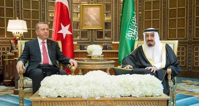 الملك سلمان يعزي أردوغان في ضحايا تفجير غازي عنتاب