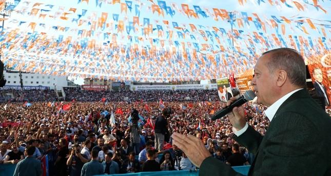أردوغان يعلن أن انسحاب العناصر الإرهابية من منبج تم بوسائل دبلوماسية