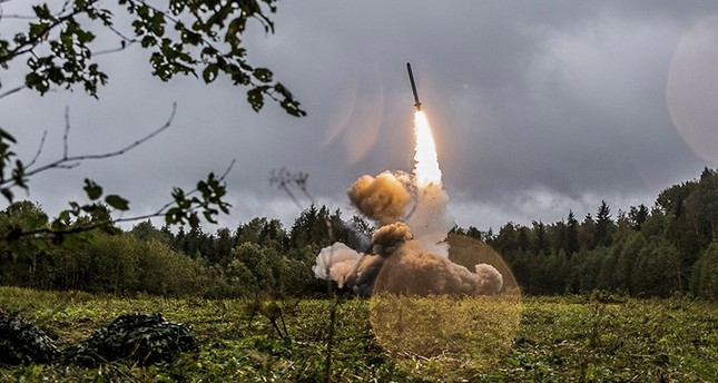 A handout photo made available by the Russian Defence Ministry on 19 September 2017 shows  Russian tactic missile Iskander -M during  Zapad 2017 military exercises on Luga range in St. Petersburg region, Russia, 18 September 2017. (EPA Photo)