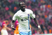 Trabzonspor looks to turn luck against leader Galatasaray