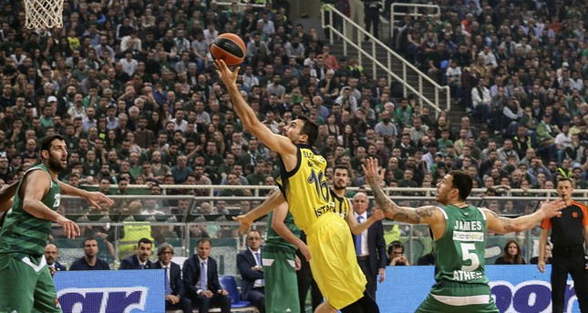 Fenerbahçe defeat Greece's Panathinaikos in Euroleague playoff match