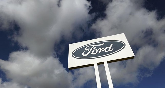 Ford to go ahead with plan to open 2 plants in Mexico