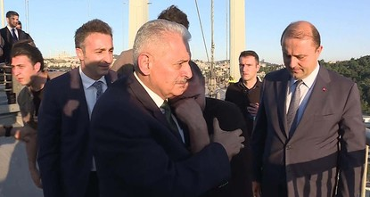 PM Yıldırım saves man jumping off Bosporus bridge