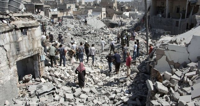مقتل 34 سوريا بينهم أطفال في قصف للنظام وروسيا بأول أيام العيد