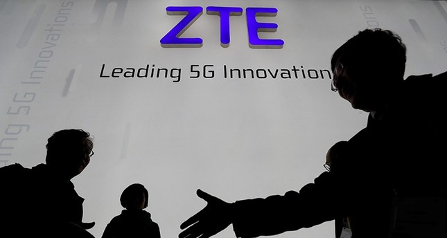 US reaches deal to keep China's ZTE in business