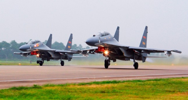 مقاتلات صينية طراز سو-30 أرشيفية / AP