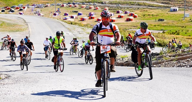 The participating cyclists will lodge at Mount Erciyes' Tekir Kapı regions' camp area, which is located at an altitude of 2,200 meters.