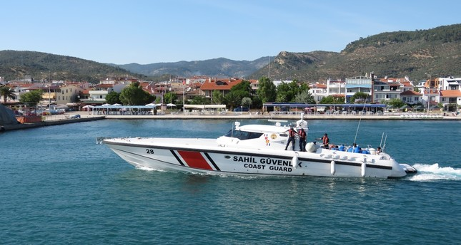 A Turkish Coast Guard Command report said that 78 human smugglers and 2,539 illegal  migrants were arrested in 81 operations conducted in the first half of the 2017.