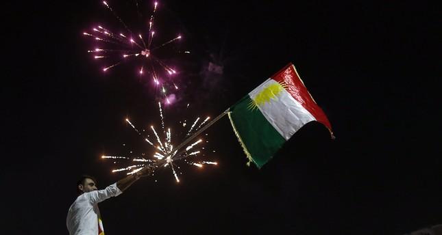 Kurds celebrate to show their support for the independence referendum in in Erbil, Kurdistan region in northern Iraq, September 25, 2017. (EPA Photo)