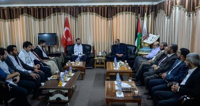 وفد هندسي تركي يصل غزة لتفقد مساجد تُعيد تركيا إعمارها
