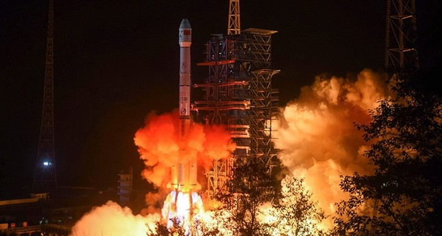 This file picture taken early on Dec. 8, 2018, shows a Long March 3B rocket, transporting the Chang'e-4 lunar rover, lifting off from the Xichang launch centre in Xichang in China's southwestern Sichuan province. (AFP Photo)
